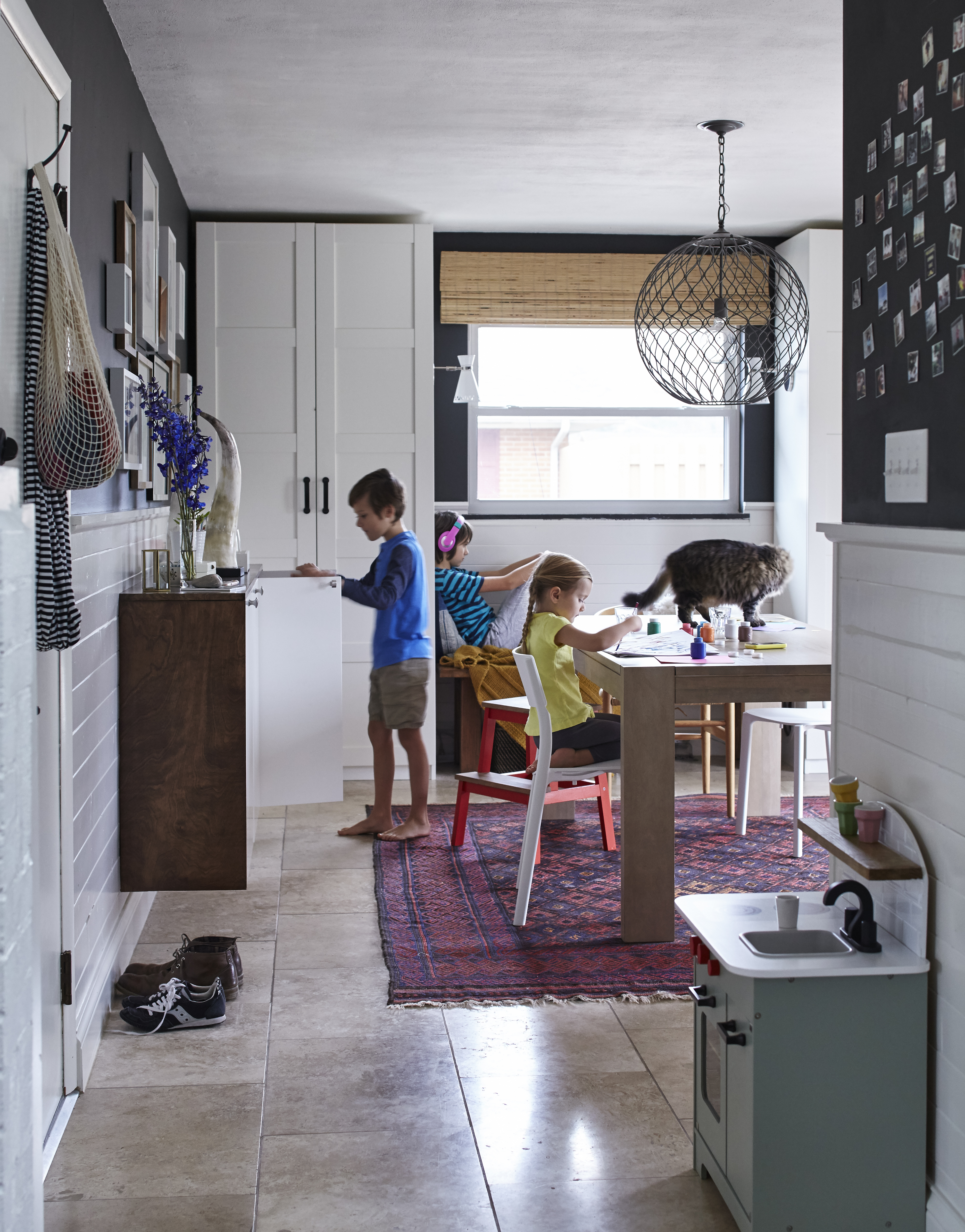 009_ikea_miller_mudroom_680